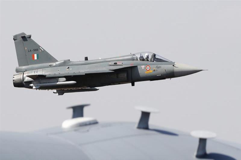 भारतीय लडाकु विमानमाथि आक्रमण गेरको पाकिस्तानी सञ्चार माध्यमको दाबी