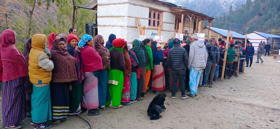राजनितीक शक्ति केन्द्र, खार्पुनाथ शान्त वातावरणमा मतदान सम्पन्न